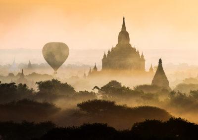 Bagan-Myanmar-hotairballooning
